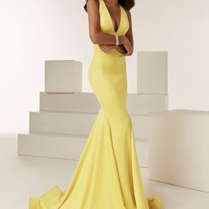 JAZZY COUTURE 62222 HOMECOMING PROM MILITARY GALA